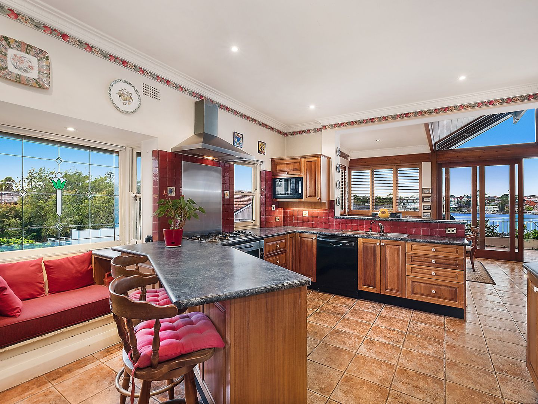 18 Vaudan Street, Kogarah Bay NSW 2217, Image 2