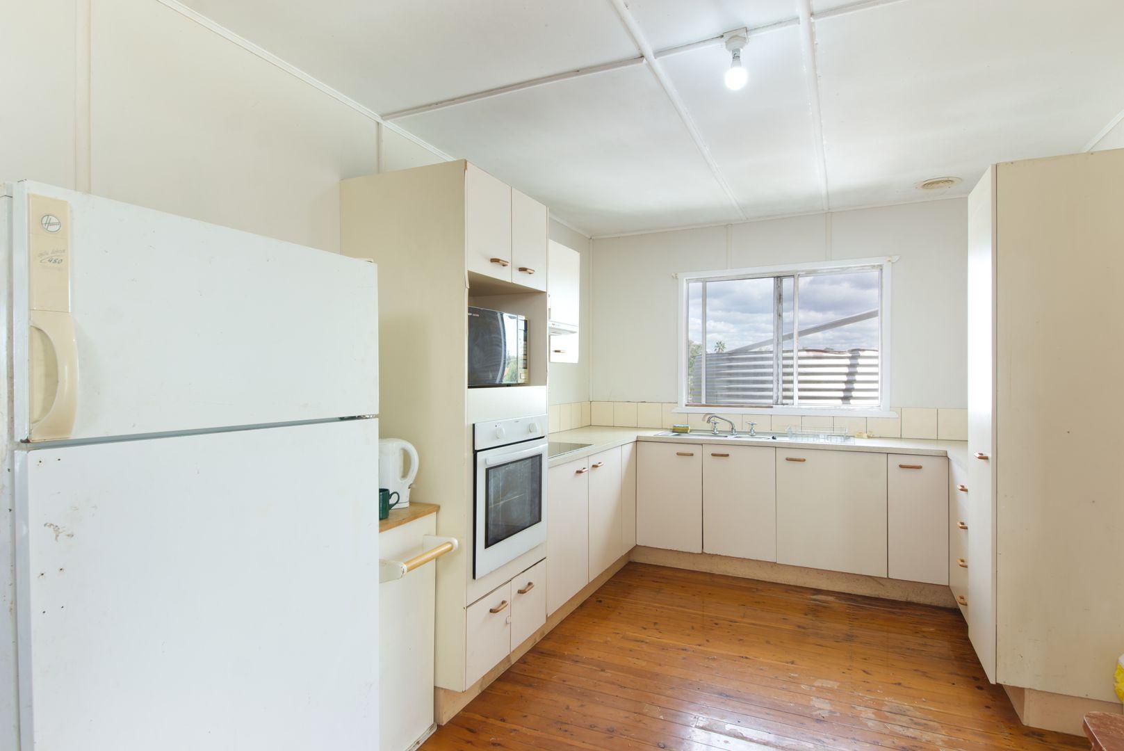 5 Nungil Street, Jondaryan QLD 4403, Image 1