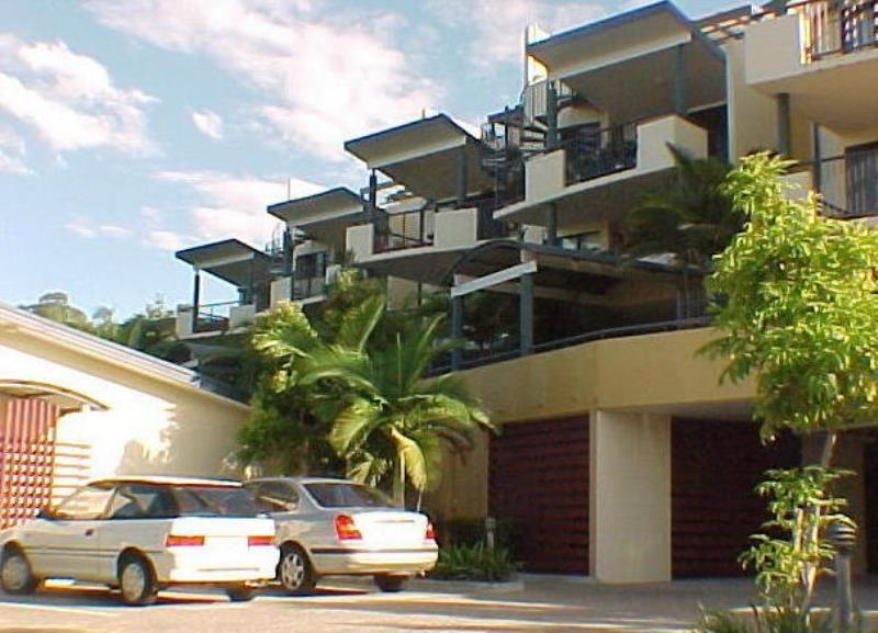 3/182 Carmody Road, St Lucia QLD 4067, Image 0