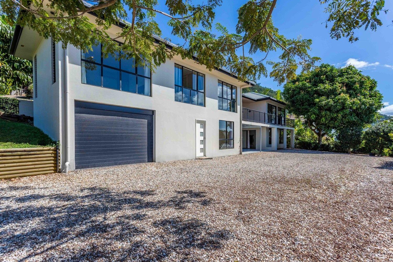 10 Strutton Place, Mooroobool QLD 4870, Image 2