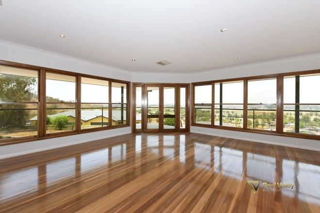 Picture of 7 Glenview Place, TAMWORTH NSW 2340