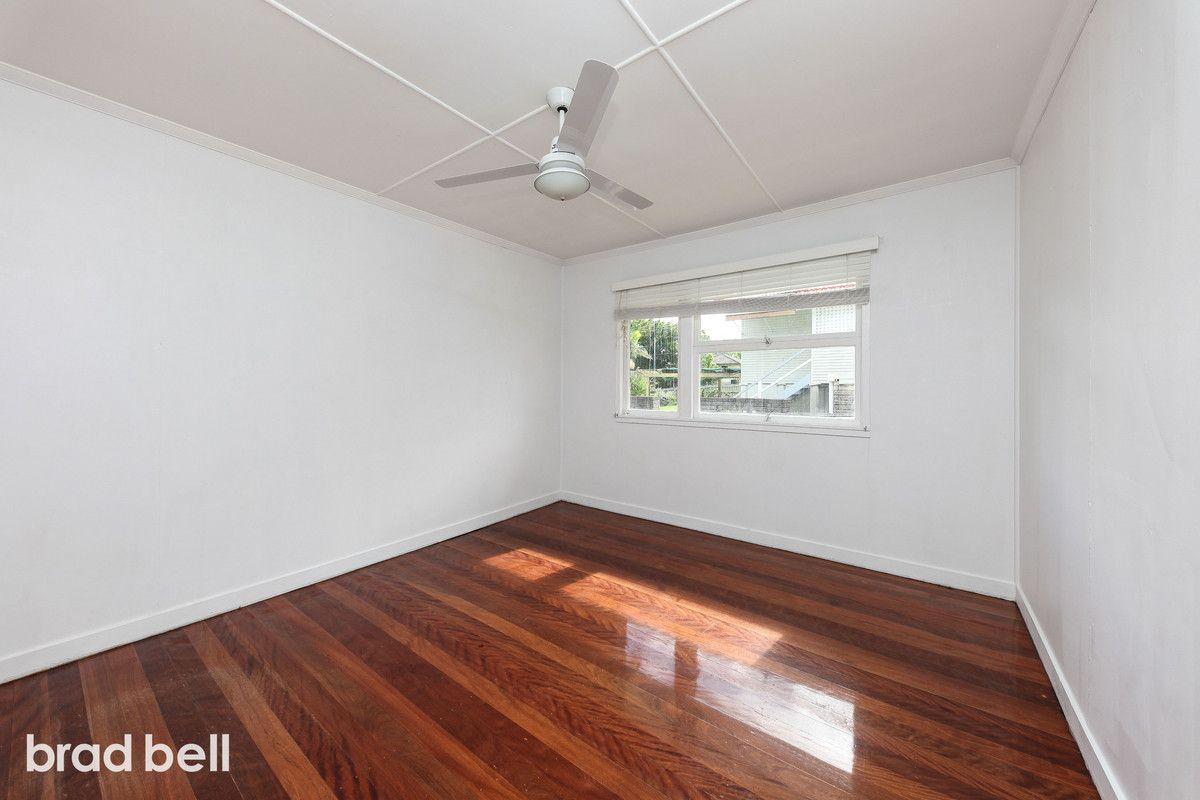 10 Reydon Street, Upper Mount Gravatt QLD 4122, Image 2