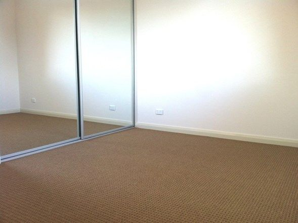 11/11-13 Cross St, Guildford NSW 2161, Image 2