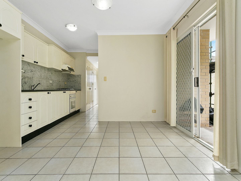 18/41-41A Meeks Street, Kingsford NSW 2032, Image 2