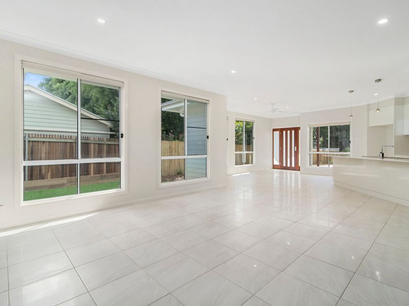 15A Doncaster Street, Newtown QLD 4350, Image 2