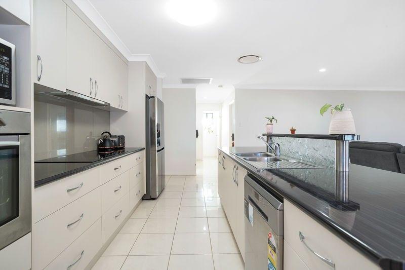 10 Camellen Street, Beaconsfield QLD 4740, Image 1