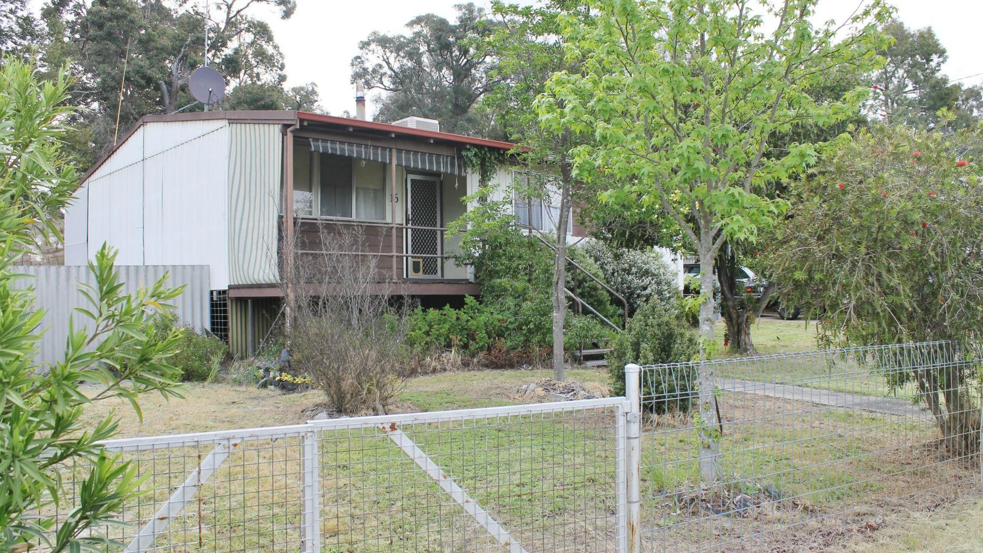 16 Cameron Street, Allanson WA 6225, Image 2
