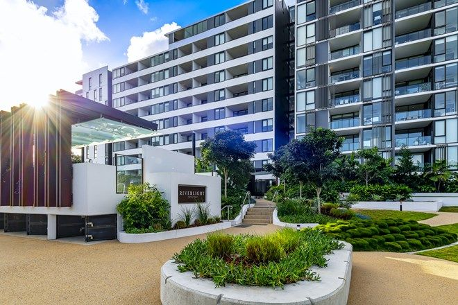 Picture of 21101/320 MacArthur Ave, HAMILTON QLD 4007