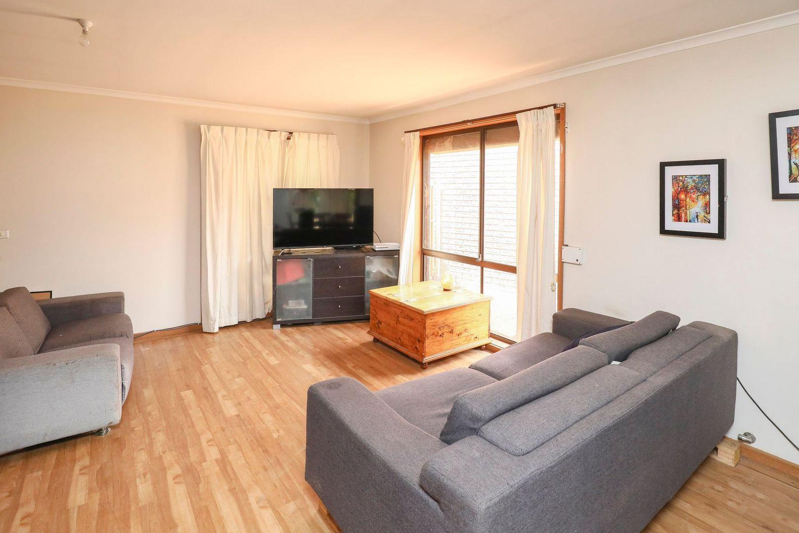 6 Zhoe Court, Mildura VIC 3500, Image 2