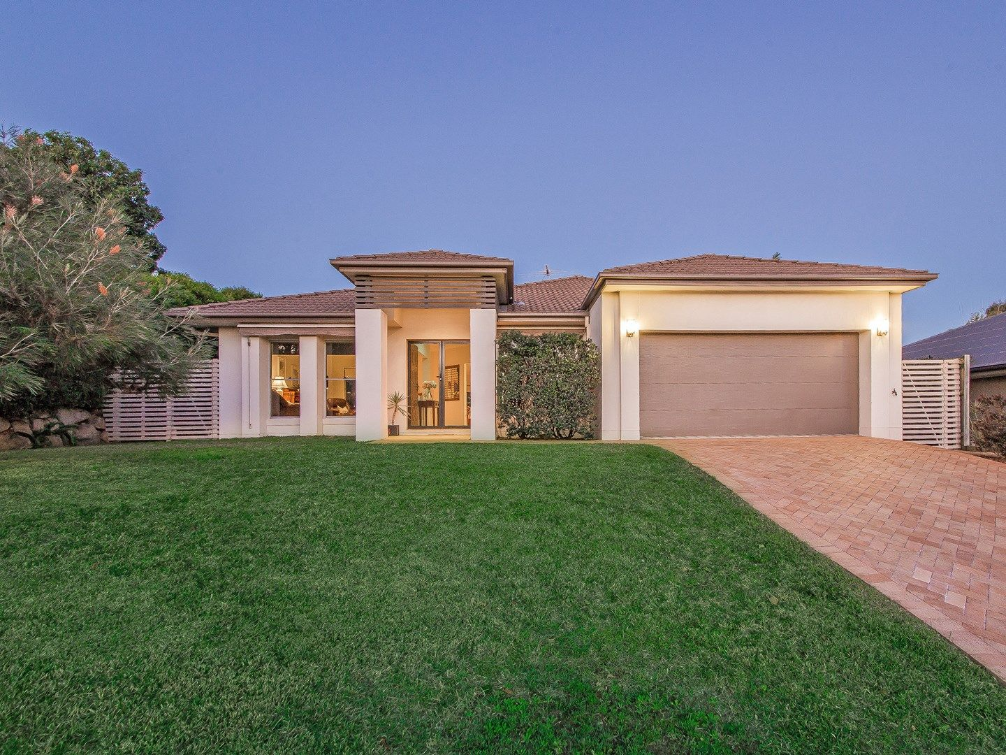 2 Lachlan Drive, Wakerley QLD 4154, Image 0
