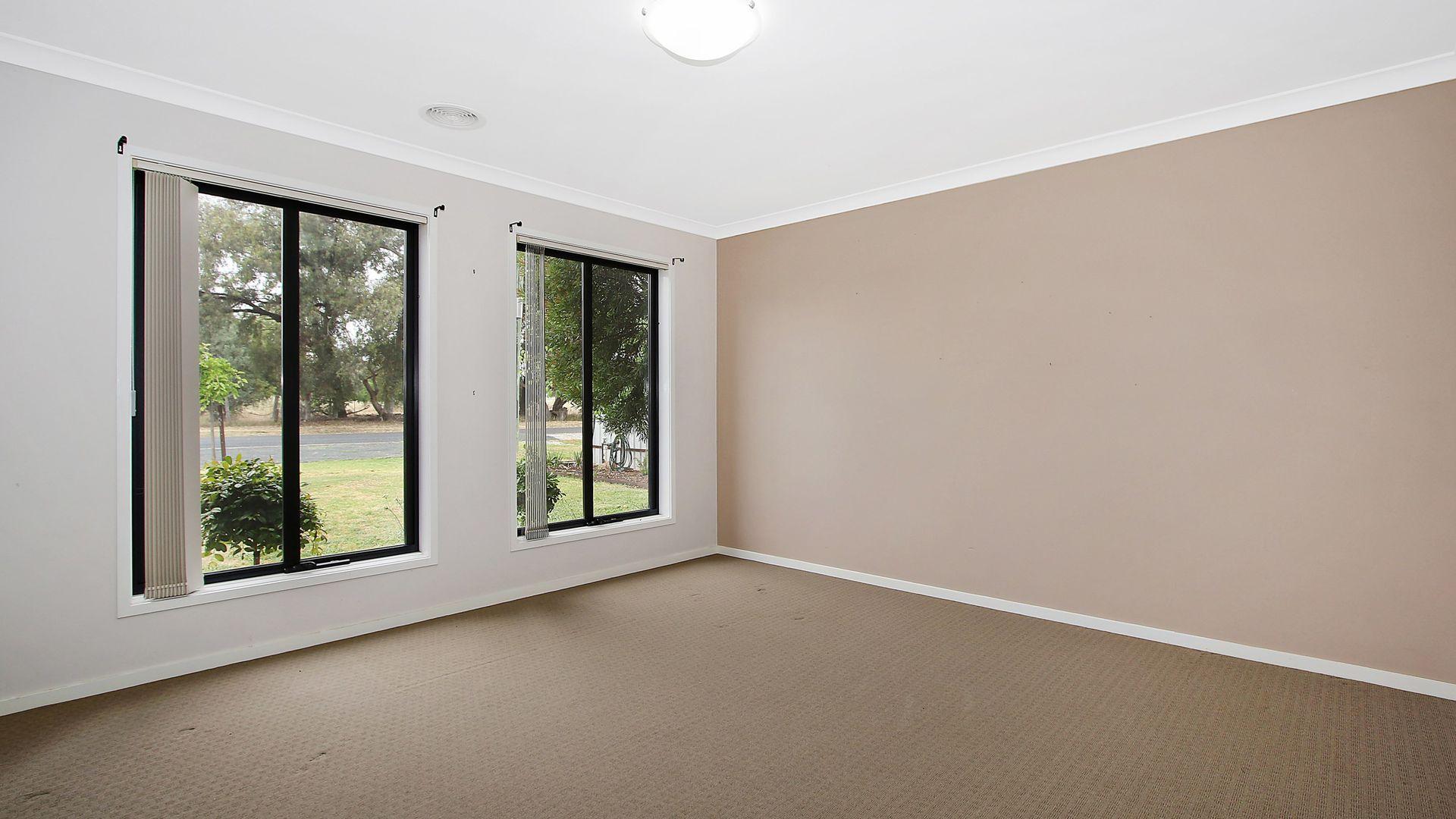 173 Kennedy Street, Howlong NSW 2643, Image 2