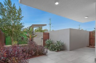 Picture of 1/15 Roseglen Street, Greenslopes QLD 4120