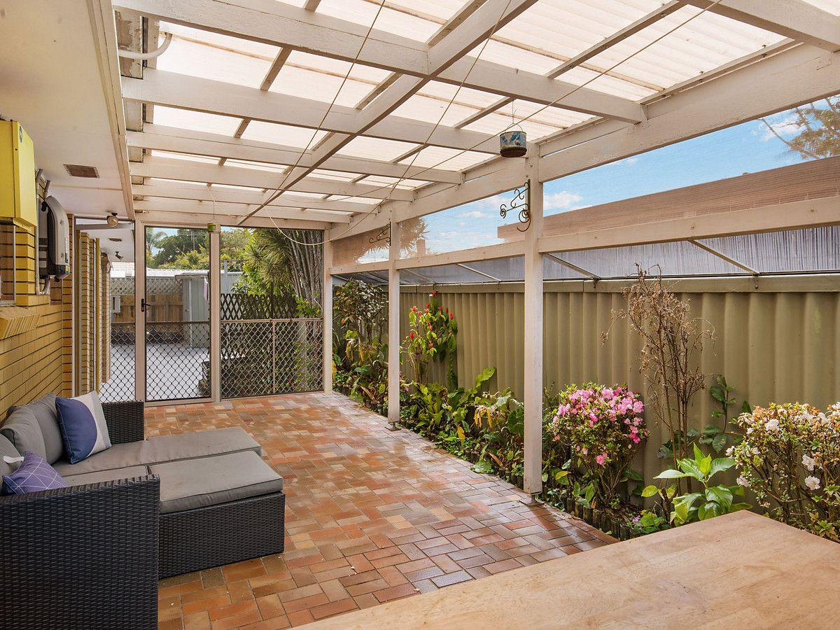 27 Michael Street, Golden Beach QLD 4551, Image 2