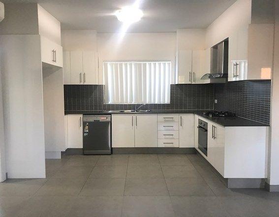 18 Lascelles Lane, Greenacre NSW 2190, Image 2