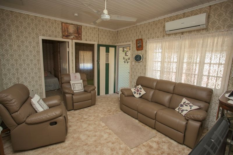 3 Evans Street, Chinchilla QLD 4413, Image 1