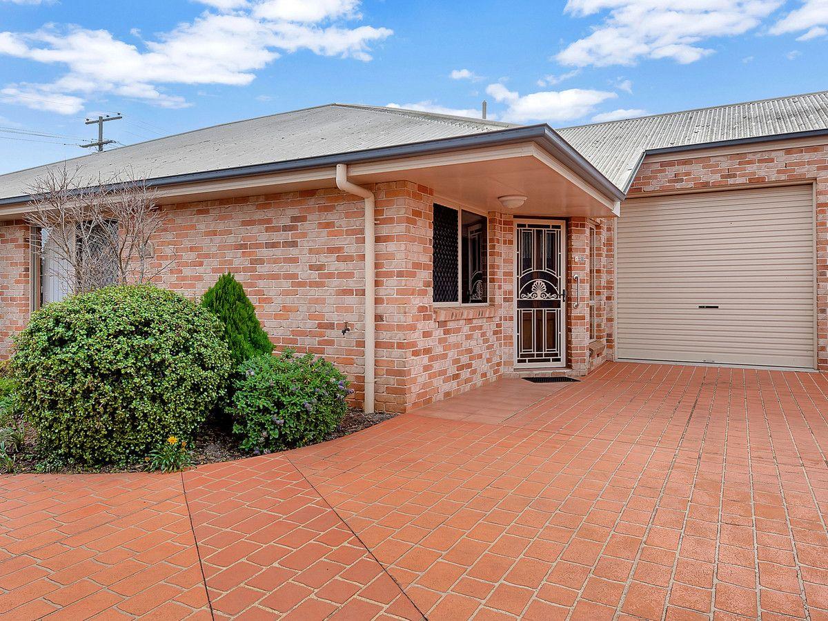 2/58 Tara Street, Wilsonton QLD 4350, Image 0