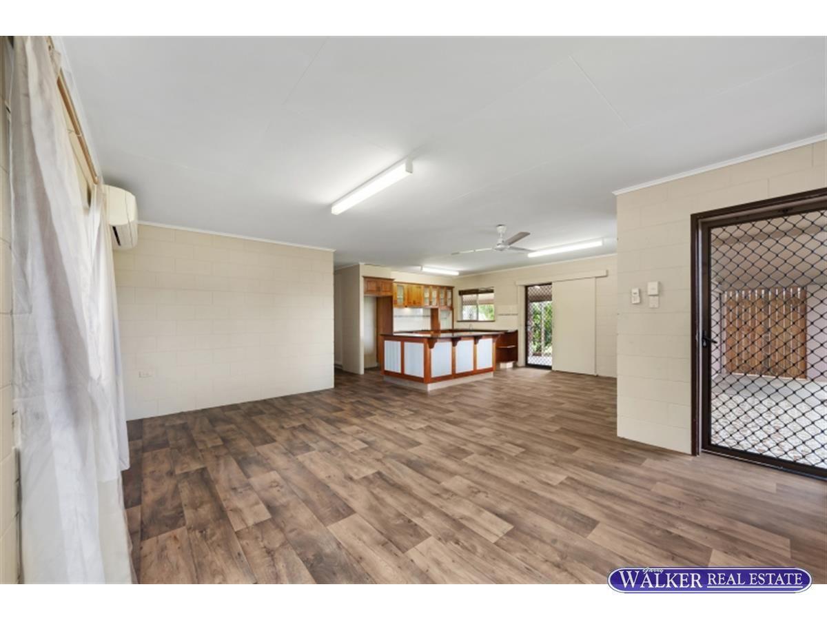 17 Jirrima Street, Woree QLD 4868, Image 2