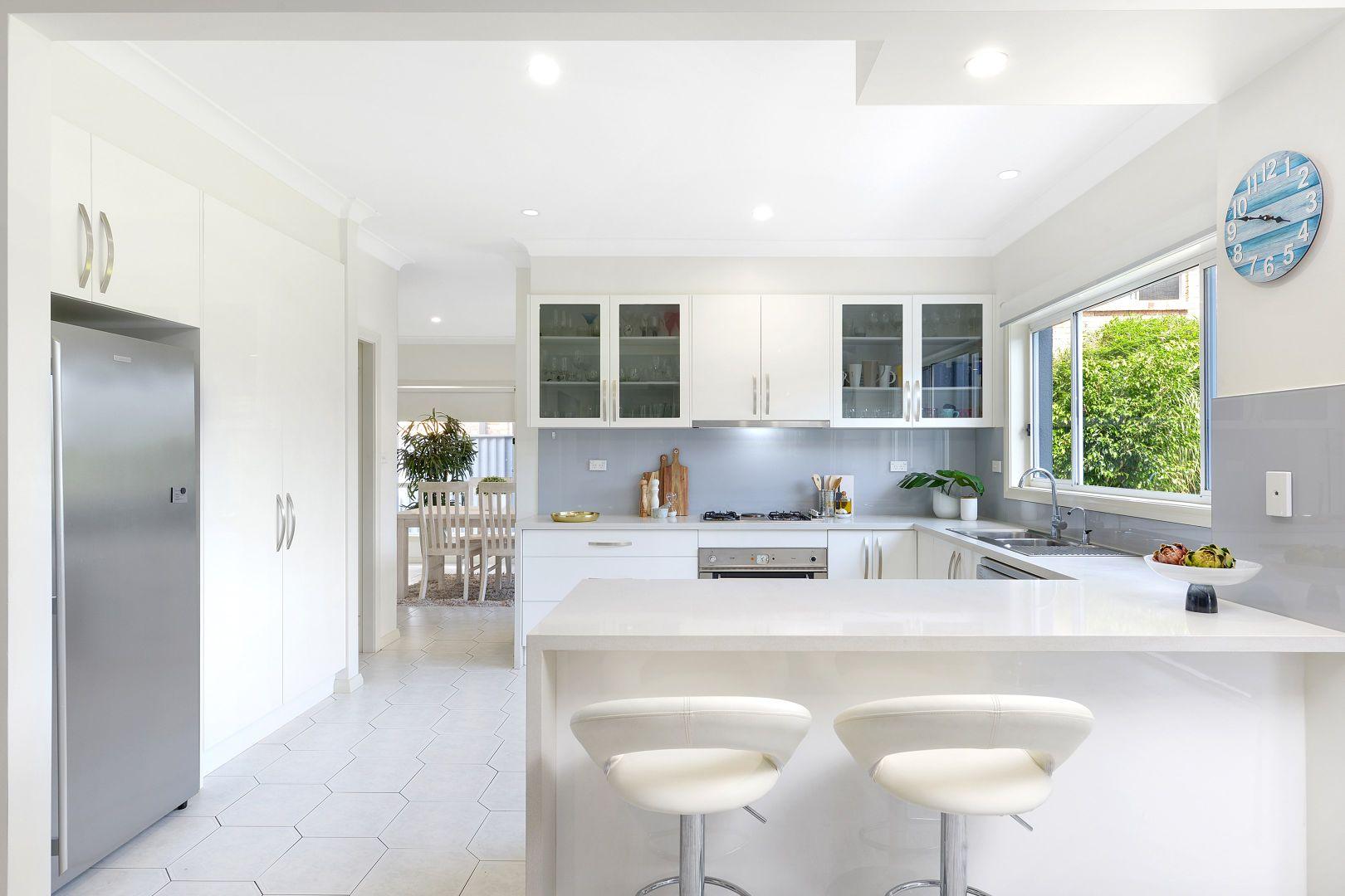 42 Glider  Avenue, Blackbutt NSW 2529, Image 2