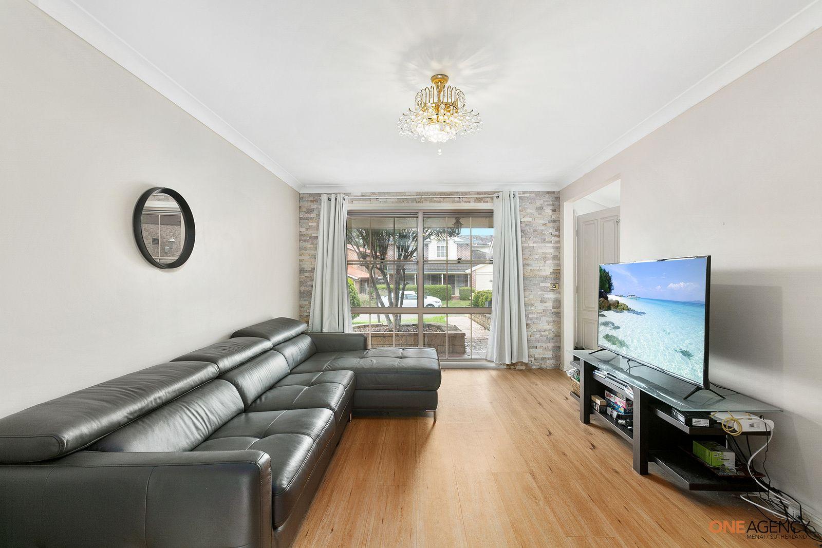 6 Amberwood Place, Menai NSW 2234, Image 1