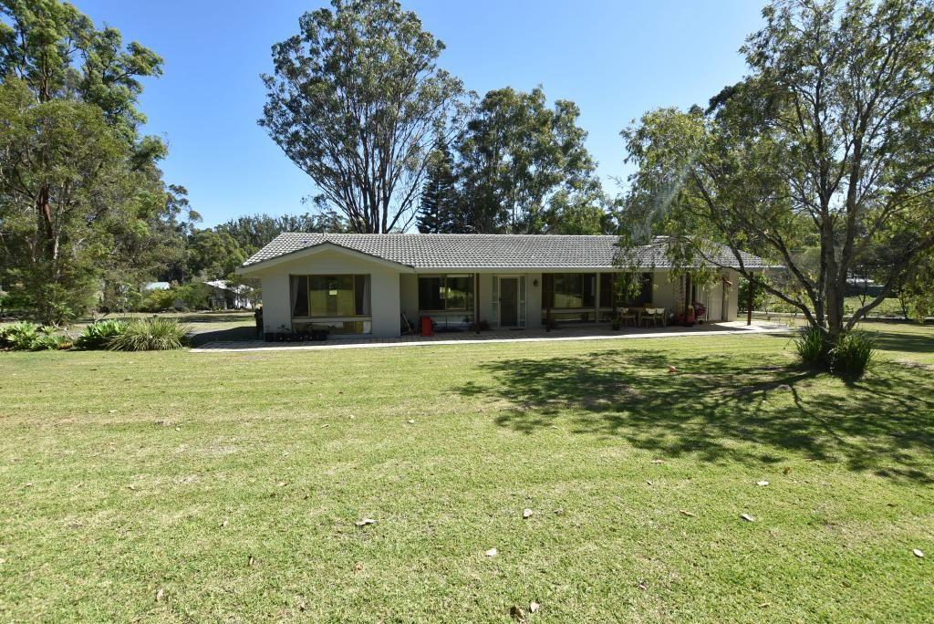 23a Woodlands Drive, Hallidays Point NSW 2430