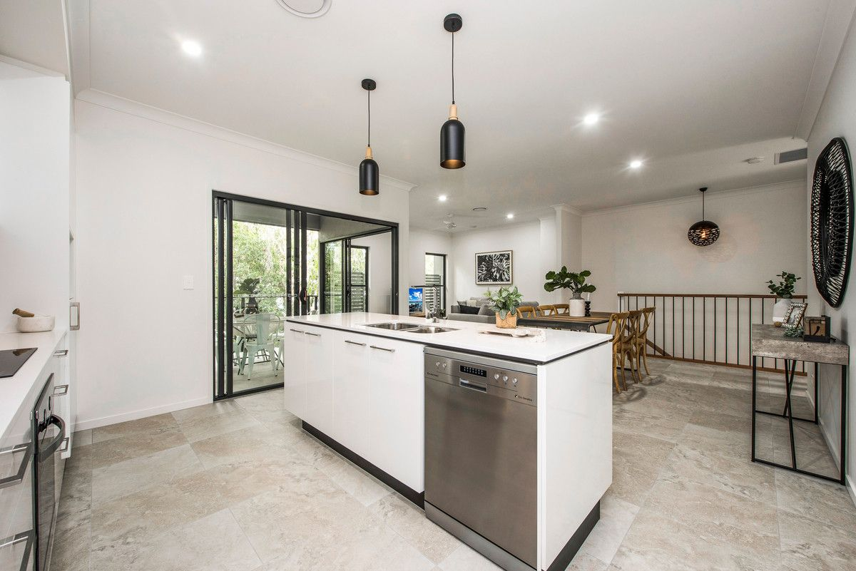 31-35 Herbertson Road, Carina Heights QLD 4152, Image 2