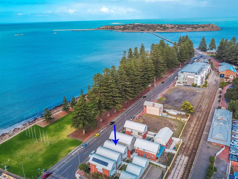 3/20 Flinders Parade, Victor Harbor SA 5211, Image 1