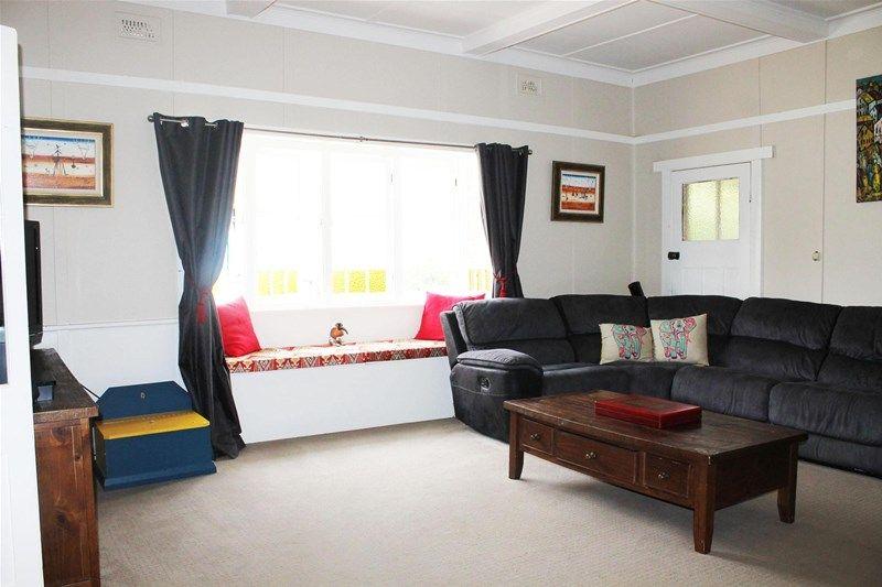 47 Riddell Street, Molong NSW 2866, Image 2