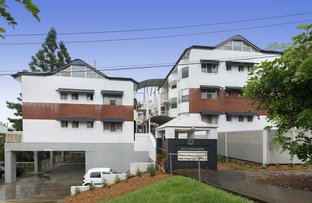 8/15 Clarence Road, Indooroopilly QLD 4068