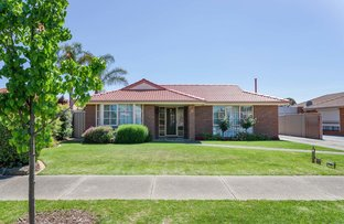 Picture of 4 Laverock Court, Taylors Lakes VIC 3038
