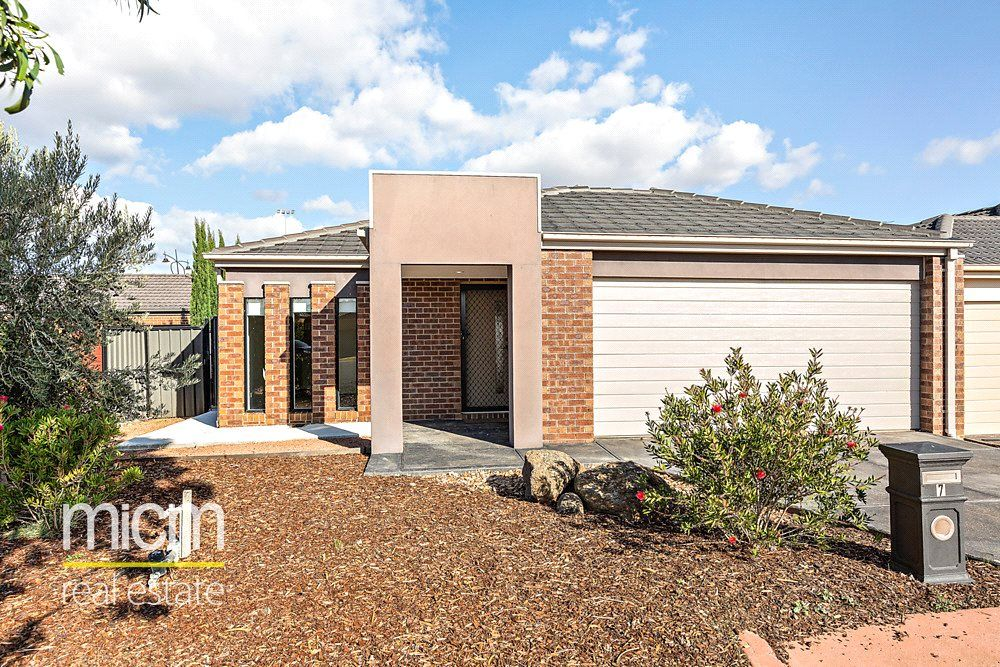 7 Sandra Court, Point Cook VIC 3030, Image 0