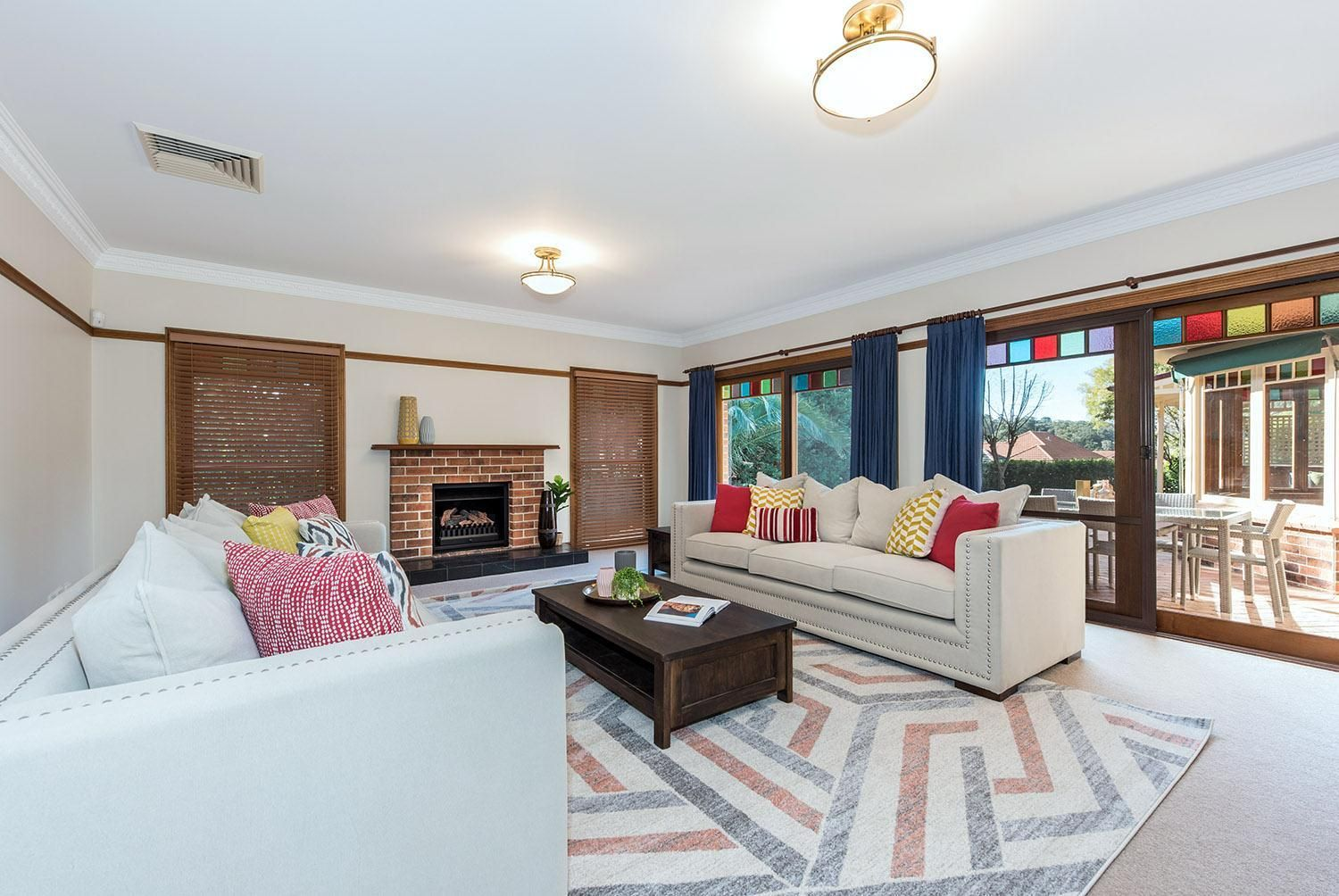 10 Harlech Court, Castle Hill NSW 2154, Image 2