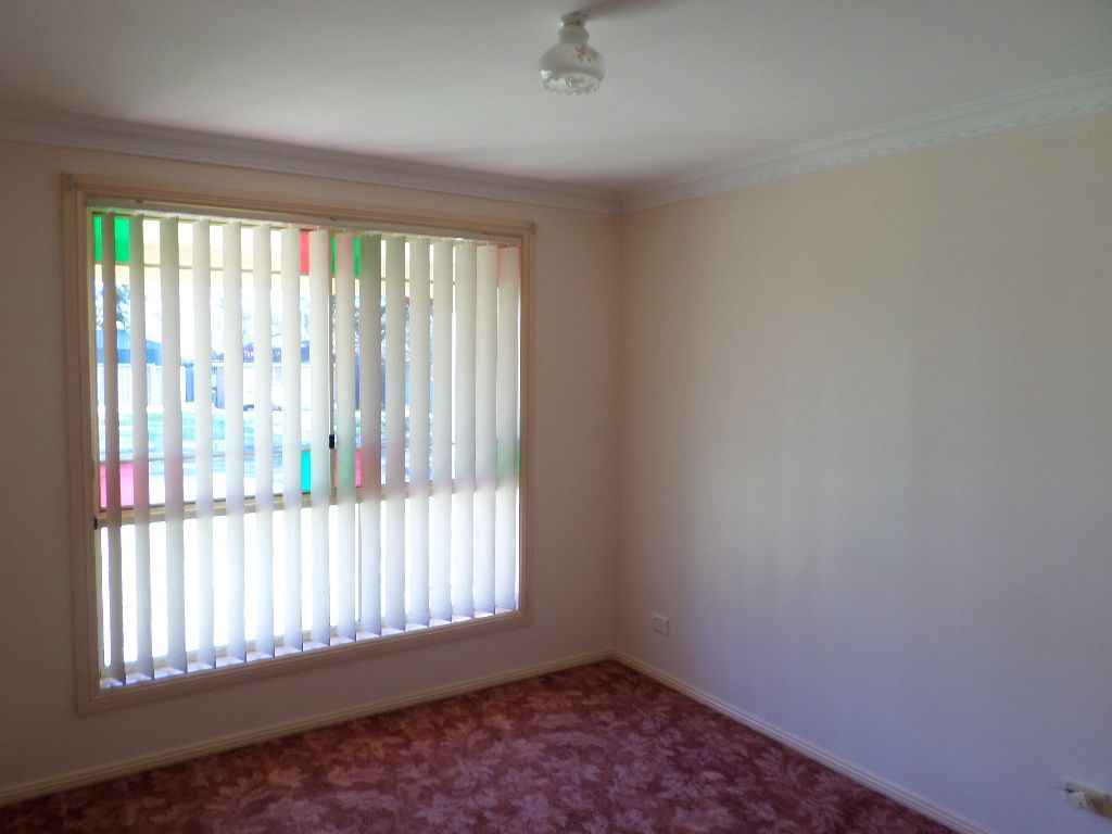 2A Amblecote Place, Tahmoor NSW 2573, Image 2