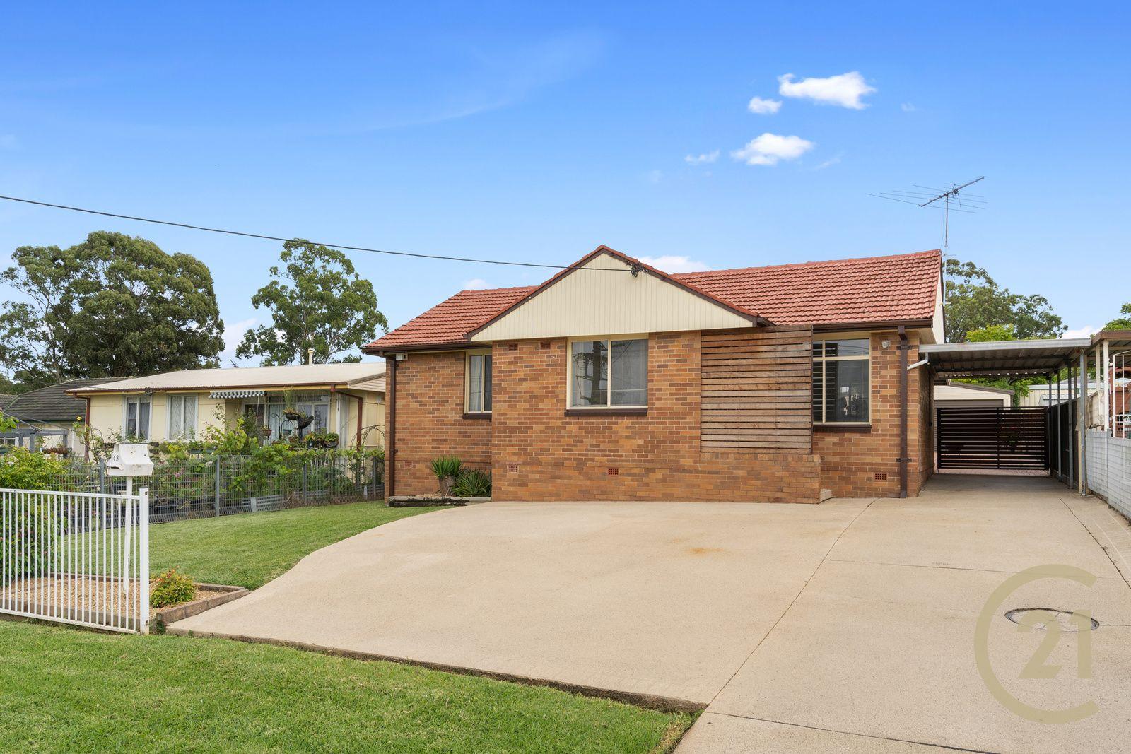 43 Aberdeen Road, Busby NSW 2168, Image 0