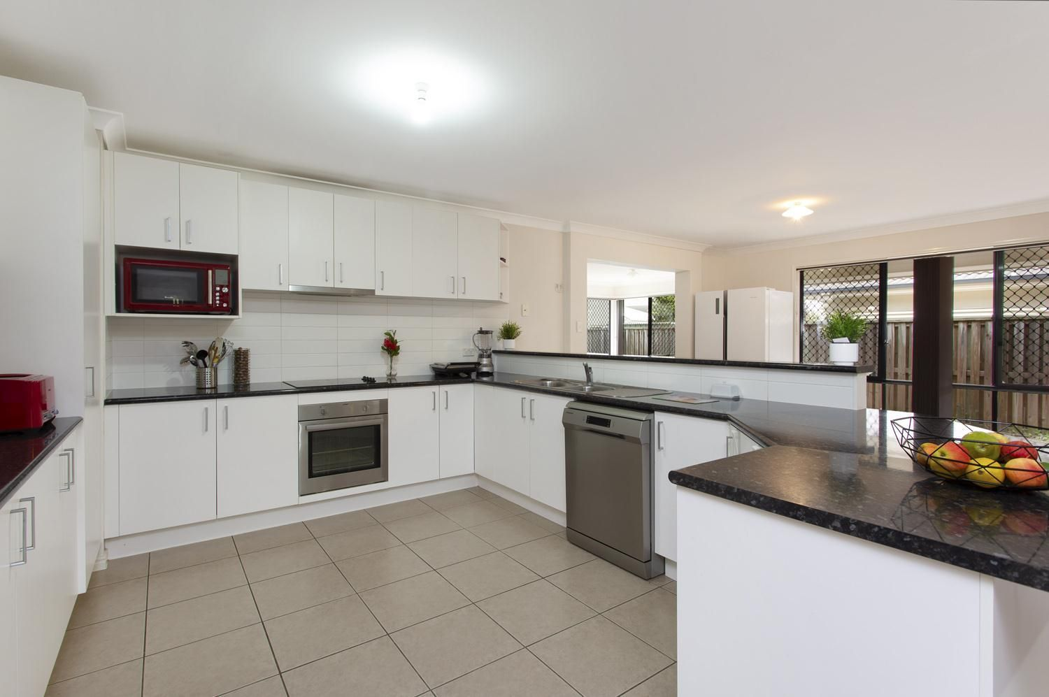 15 Crossing  Drive, Eatons Hill QLD 4037, Image 1