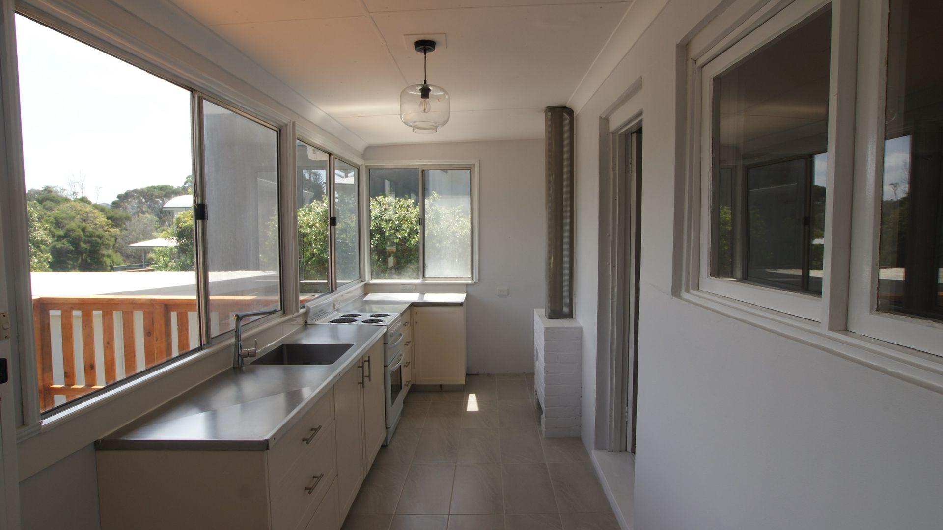 10 Wimbin Avenue, Malua Bay NSW 2536, Image 1
