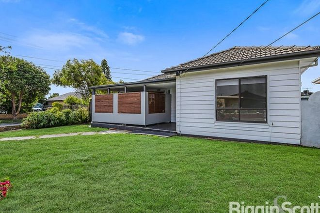 Picture of 1/17 Whiteside Street, SPRINGVALE VIC 3171