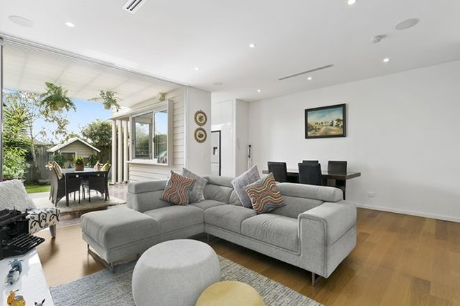 Picture of 28 Gubbuteh Road, LITTLE BAY NSW 2036
