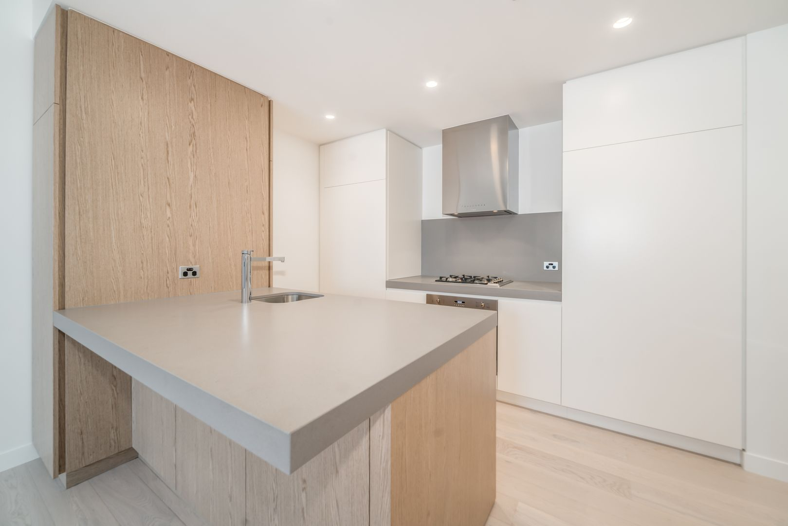 106B/366-386 Queenberry St, North Melbourne VIC 3051, Image 2