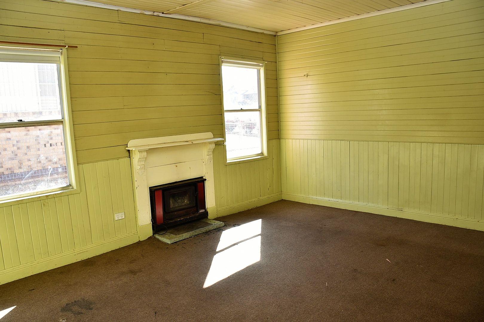 159 Lang Street, Glen Innes NSW 2370, Image 2