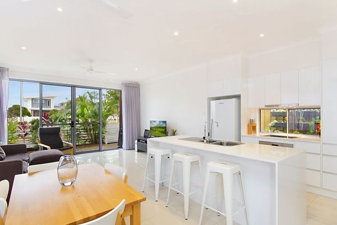 Picture of 6/32 Sailfish Way, KINGSCLIFF NSW 2487
