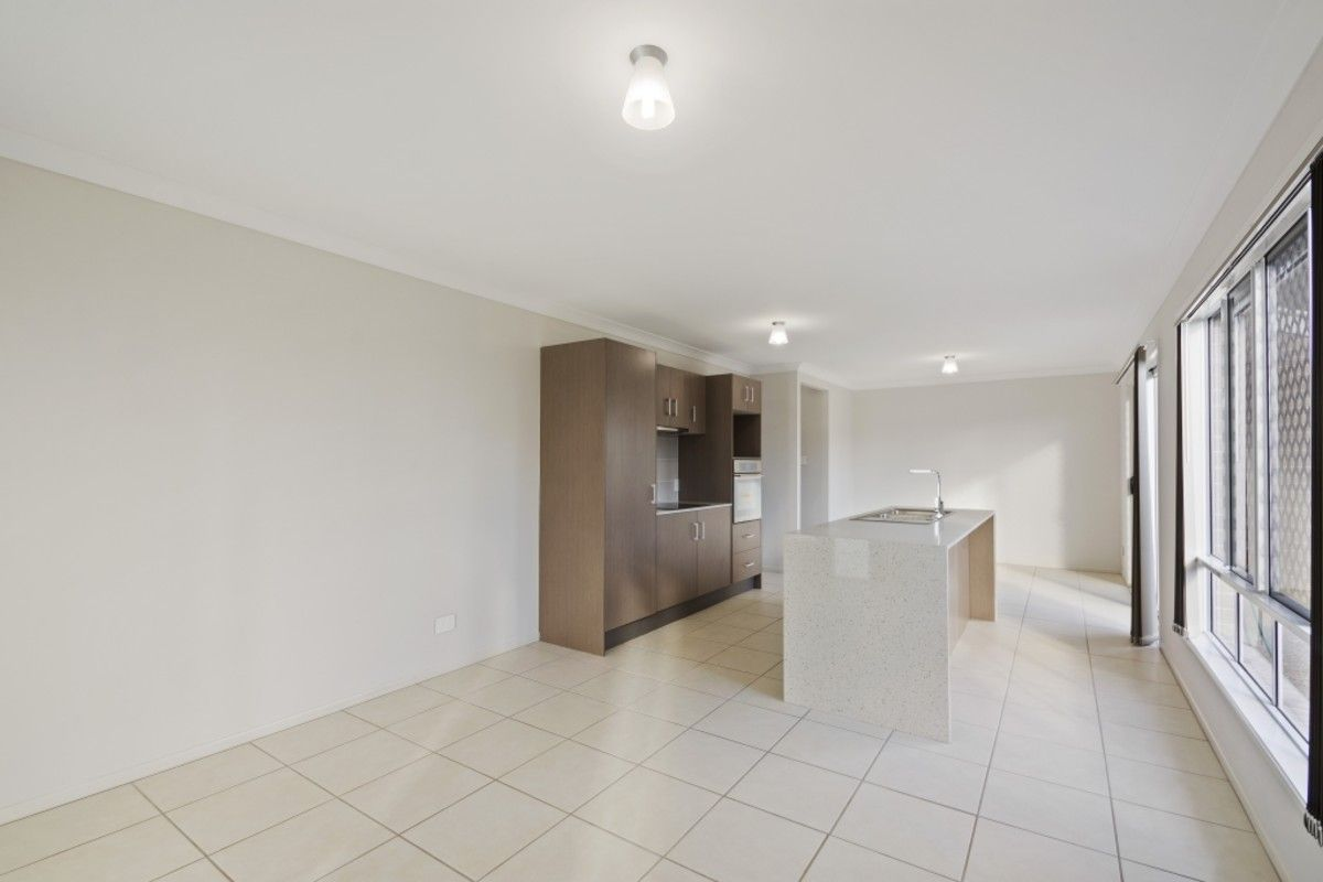 2/66 Gipps Street, Drayton QLD 4350, Image 2