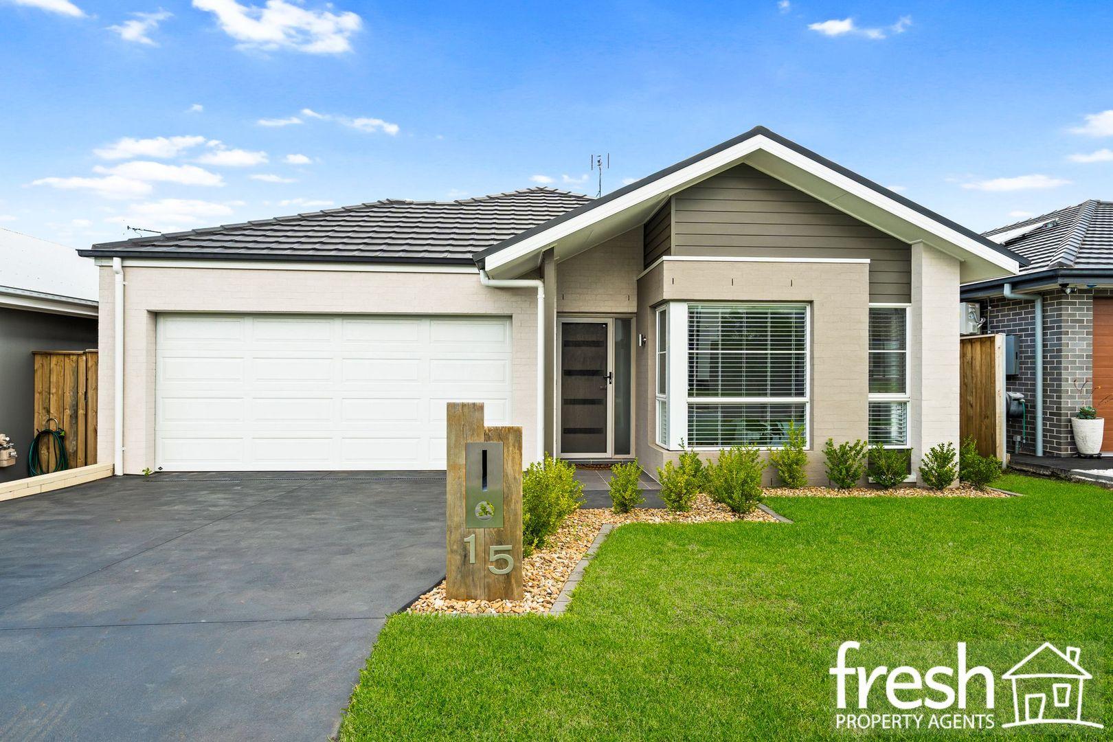 15 Beeston Street, Gledswood Hills NSW 2557, Image 0