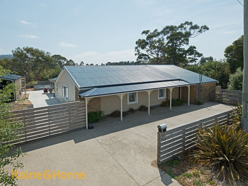 216 Roches Beach Road, Roches Beach TAS 7170, Image 1