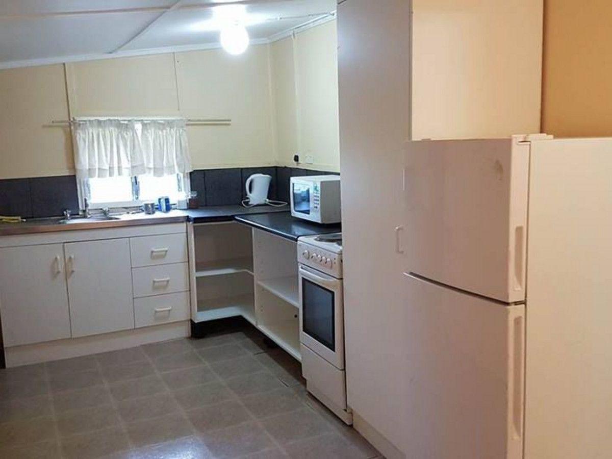 36 Gordon Street, Mount Morgan QLD 4714, Image 2