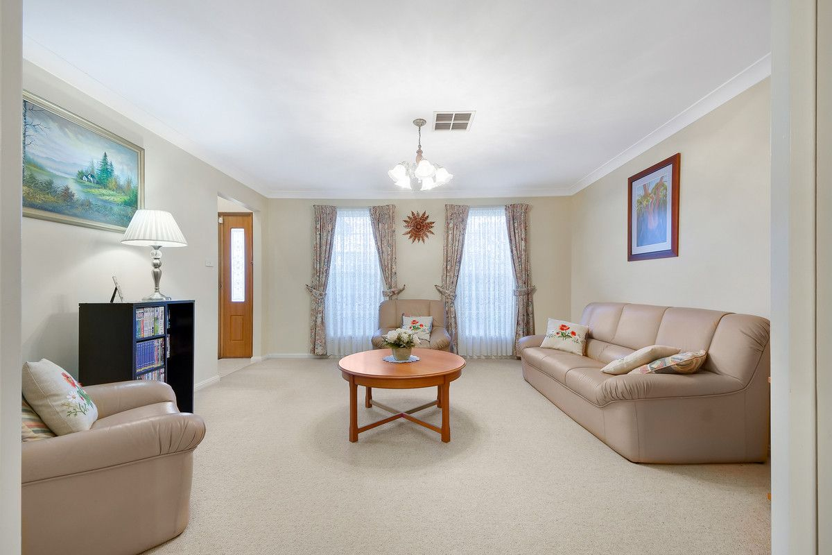 23 Ross Crescent, Blaxland NSW 2774, Image 2