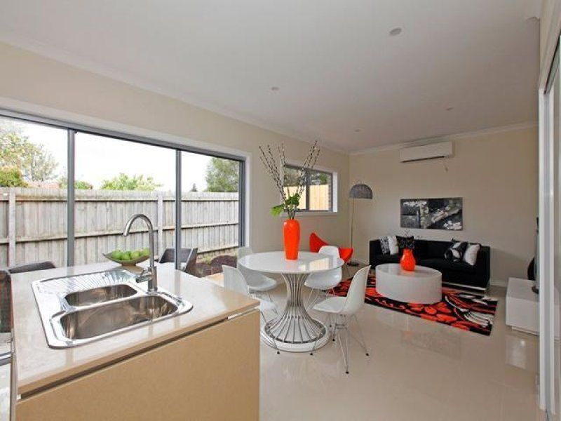 4/15 North Road, Reservoir VIC 3073, Image 1