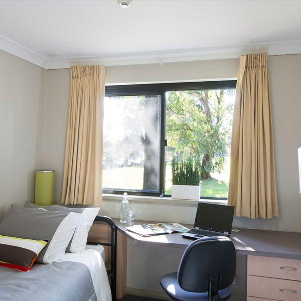2 Bullecourt Avenue, Milperra NSW 2214, Image 1
