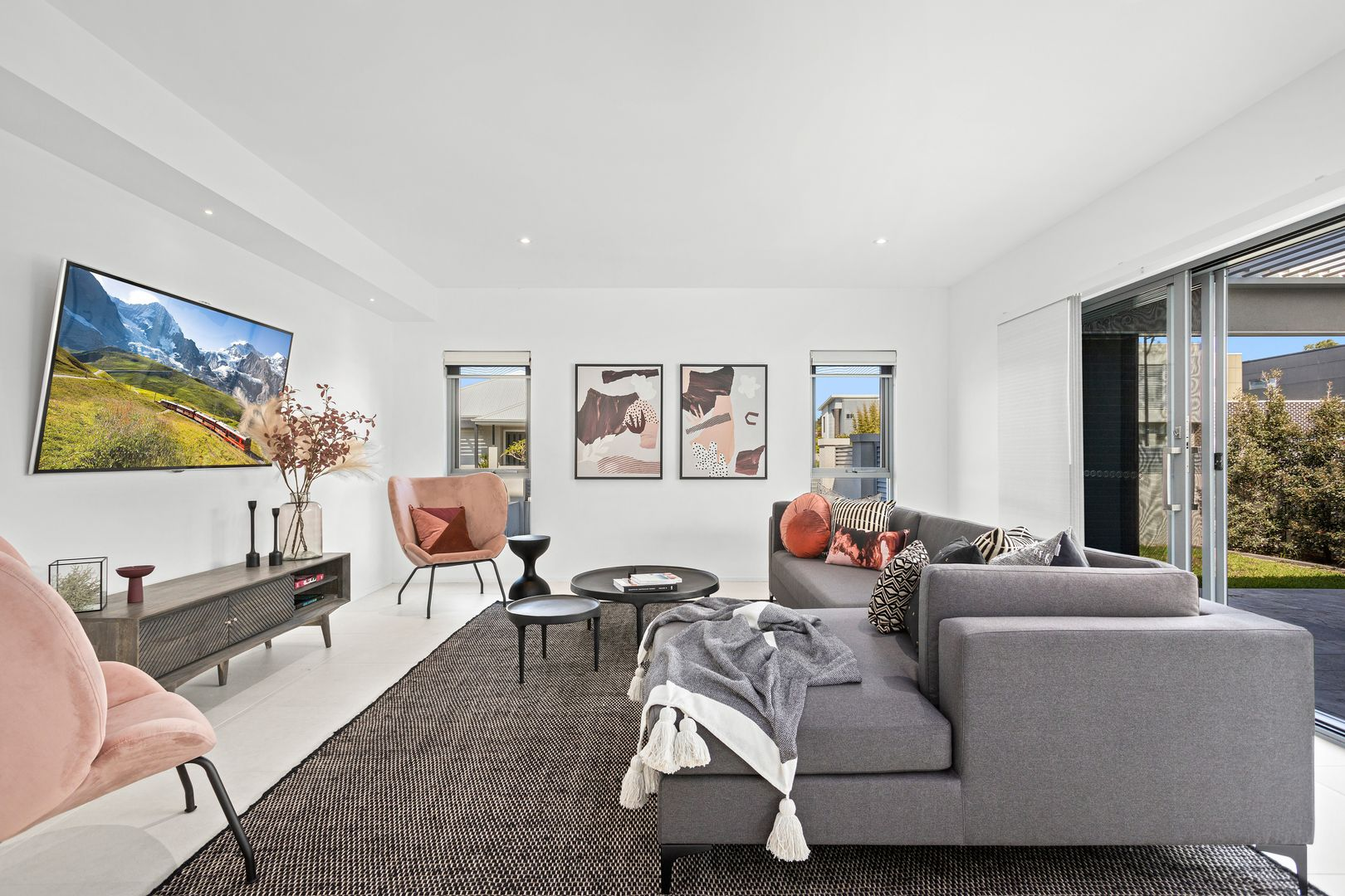 4 Red Sands Avenue, Shell Cove NSW 2529, Image 2