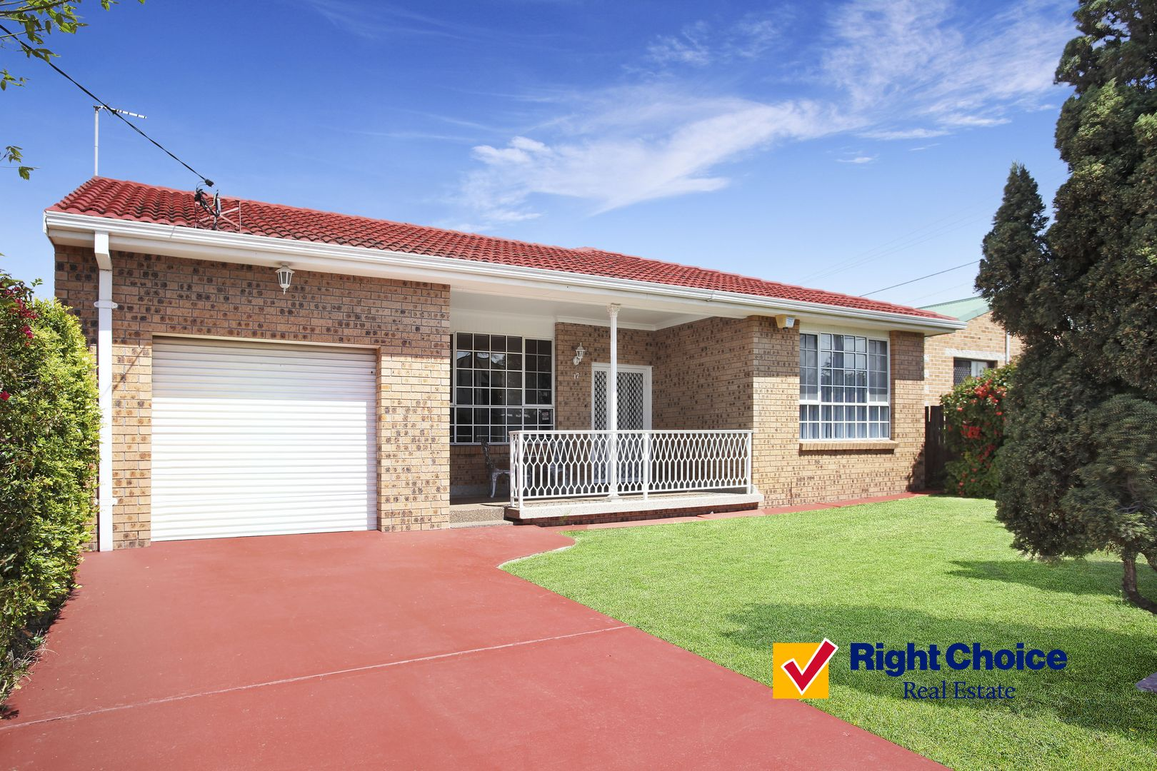 17 Lagoon Street, Barrack Heights NSW 2528, Image 0