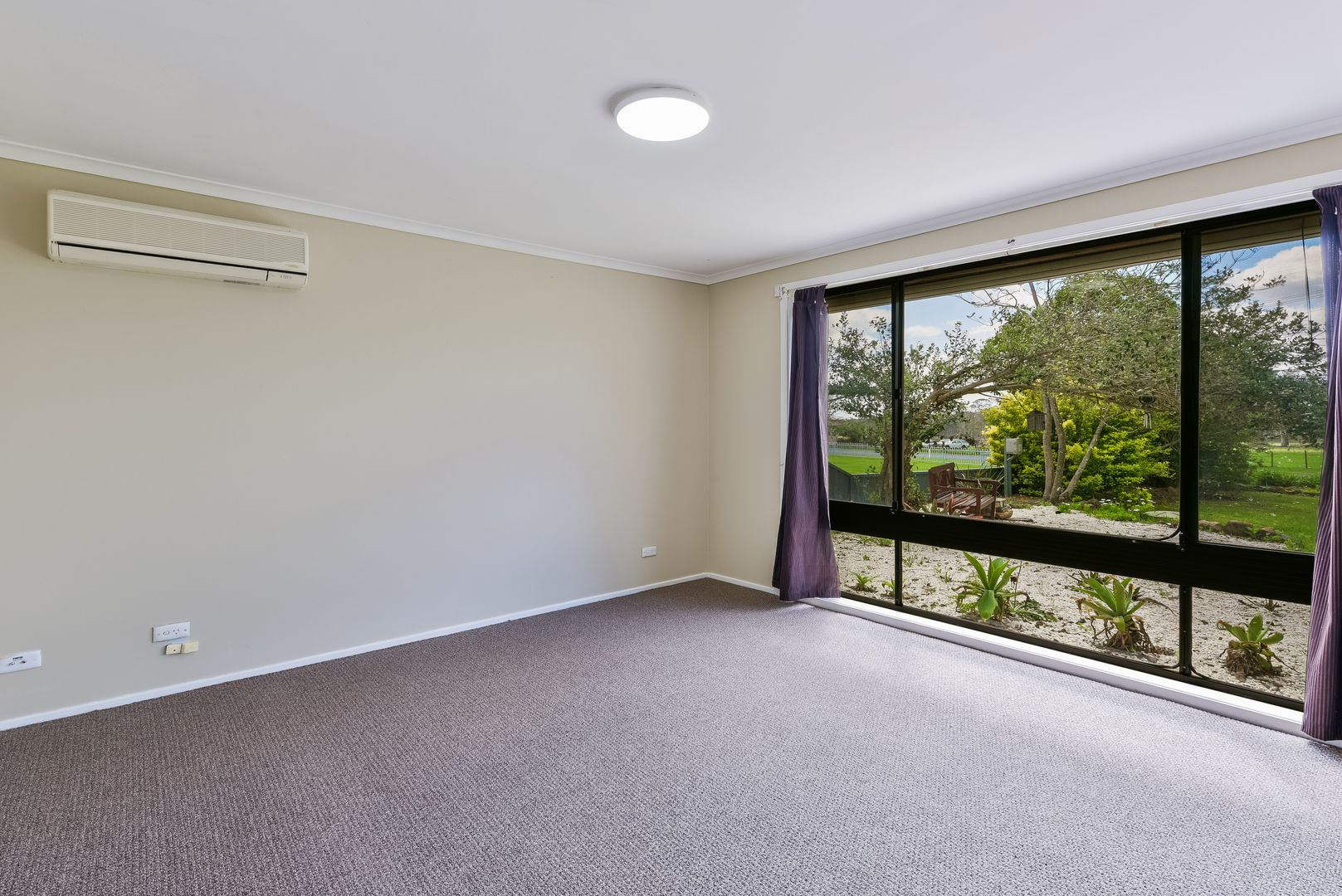 10 Hawthorne Road, Bargo NSW 2574, Image 2